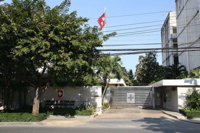 Botschaften & Konsulate