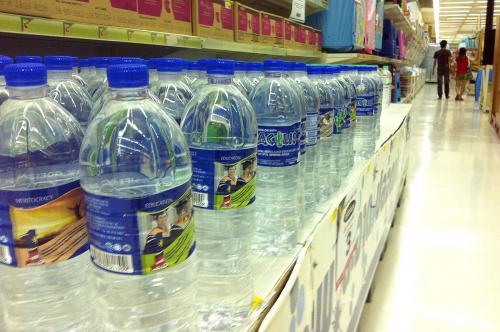 Genug trinken – leider aus der Plastikflasche