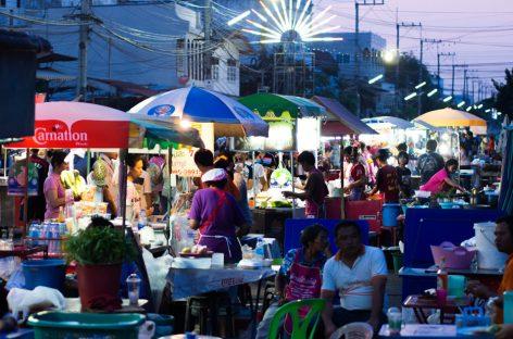 """Das """"Aus"""" für Bangkoks Garküchen"""