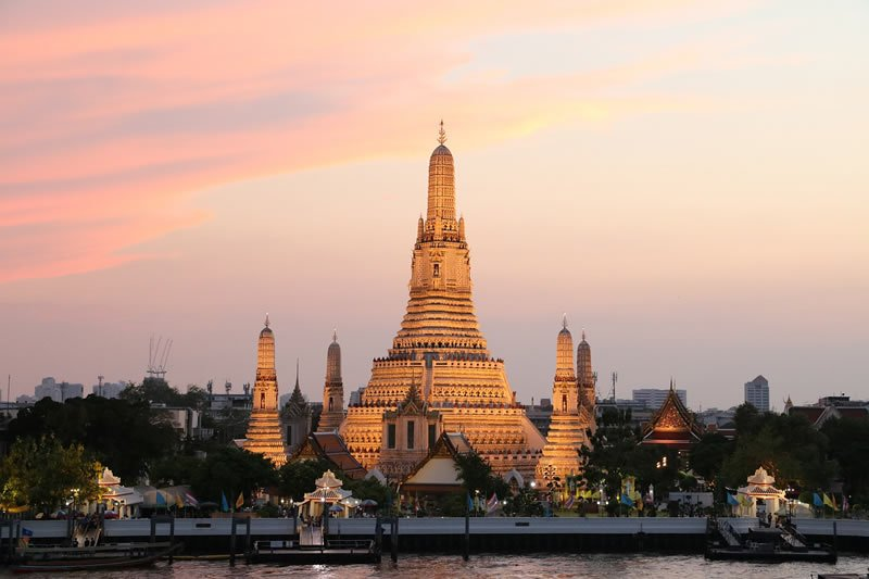 Wat Arun am Morgen